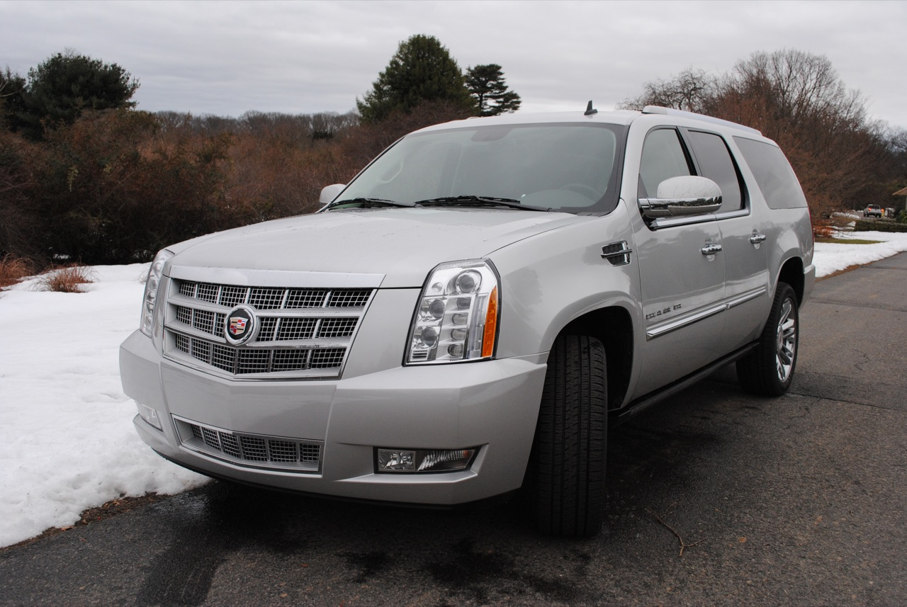 biggest suv 2010 cadillac escalade esv suv today. Black Bedroom Furniture Sets. Home Design Ideas